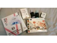 UV nail lamp and accessories