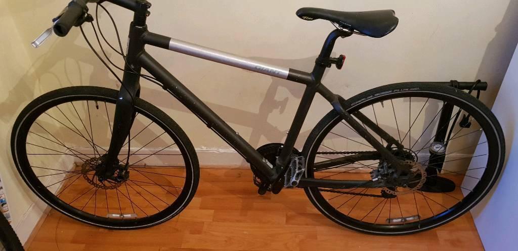 Giant hybrid bike | in East London, London | Gumtree