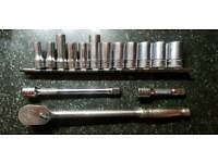Snap on 3/8 sockets, extentions and ratchet