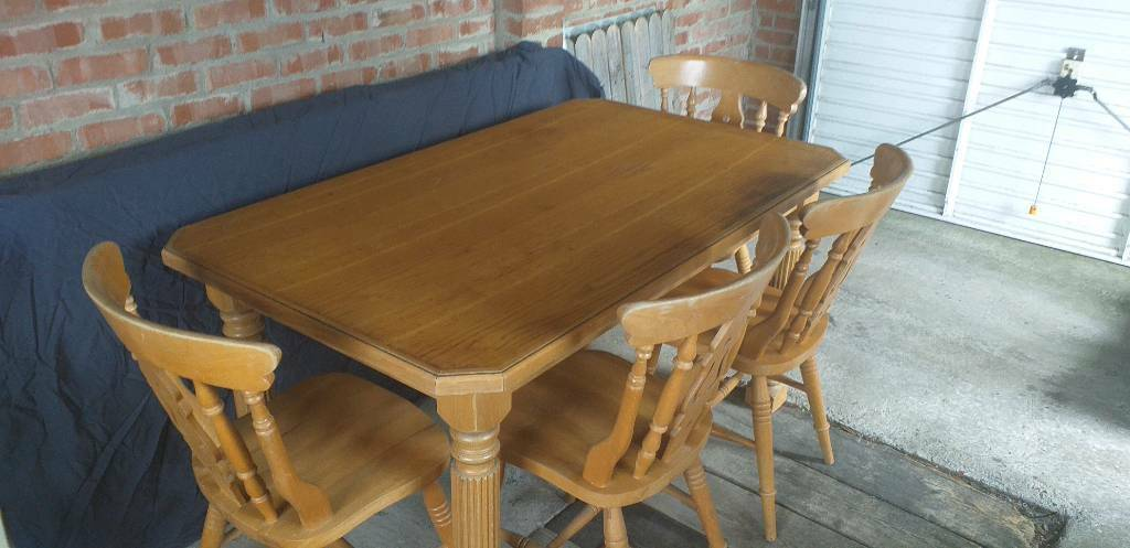 Solid Pine Dining Table With Chairs In Four Winds Belfast Gumtree