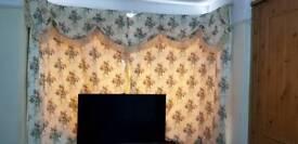 2 curtain