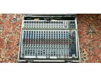 Peavey PV20 mixing desk+flight case