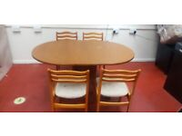 Drop leaf Dinning Table with 4 chairs (delivered free)