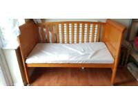 Good condition toddler cot & mattress for sale