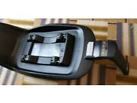 Maxi cosi 2wayfix isofix base Only Used For 6months