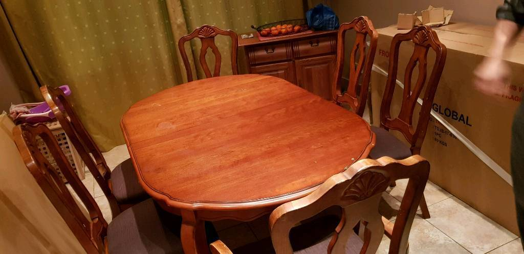 Solid Wood Dining Table Reduced For Quick Sale