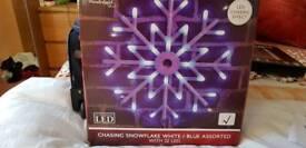 Chasing snowflake led light