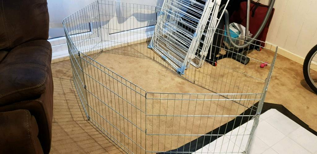 Puppy / rabbit play pen