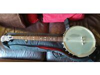 Grafton Clipper OT 5-string mahogany open-back banjo with padded gig bag.