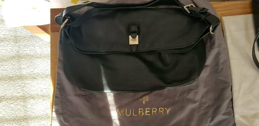 cb9ca6d0a4b6 Black shoulder mulberry handbag with dust cover. Enfield ...