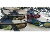 Samsung active 3d glasses 4 pairs.
