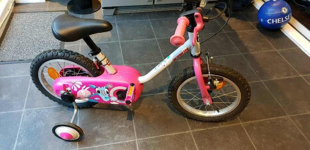 ca34be0efc48 BTWIN 500 14 inch (3-5 yrs) girls bike nearly new