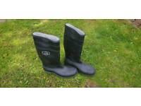 Eski steel toe Wellington boots