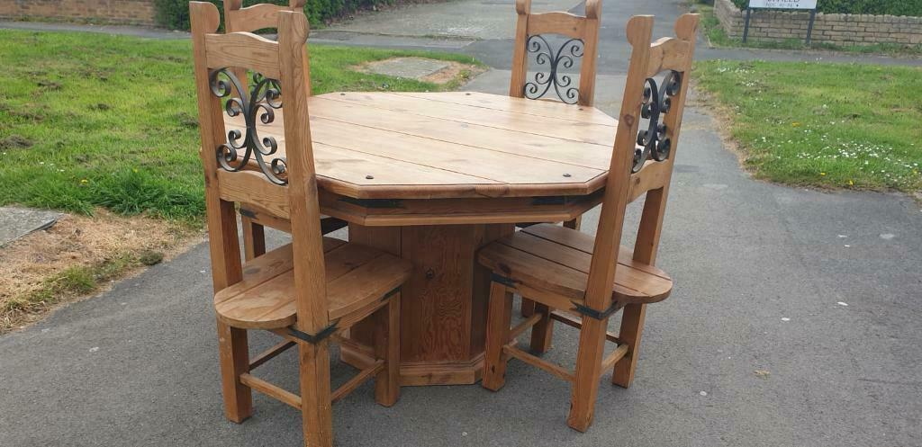 Terrific Stunning Rustic Pine Hexagon Shaped Table With 4 Matching Chairs Originally From Next In Swindon Wiltshire Gumtree Pdpeps Interior Chair Design Pdpepsorg