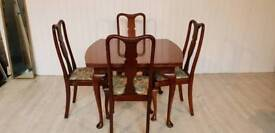 Mahogany Cabriole Legs Dining Table and Four Chairs