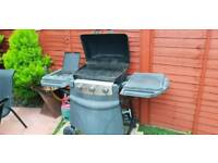 Gas 3 burner BBQ with gas ring