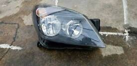 Vauxhall Astra h headlight. Driver side. Black.