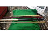2 X Snooker/Pool cue's