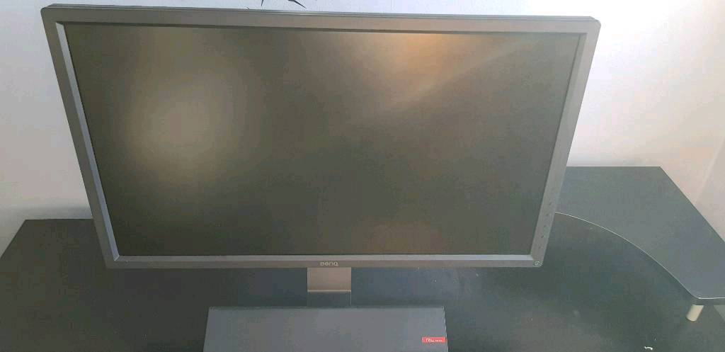 benq rl2755 gaming monitor, works perfectly, bought for 210, perfect  condition    in Rotherham, South Yorkshire   Gumtree