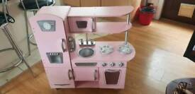 Girls roll play kitchen