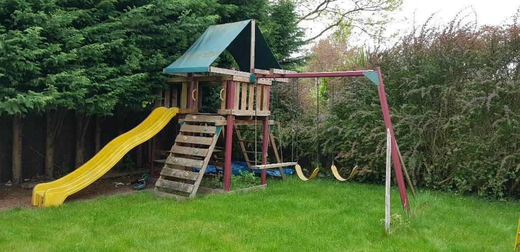 Re: Playhouse, treehouse, tree house, swing set, slide, climbing ...