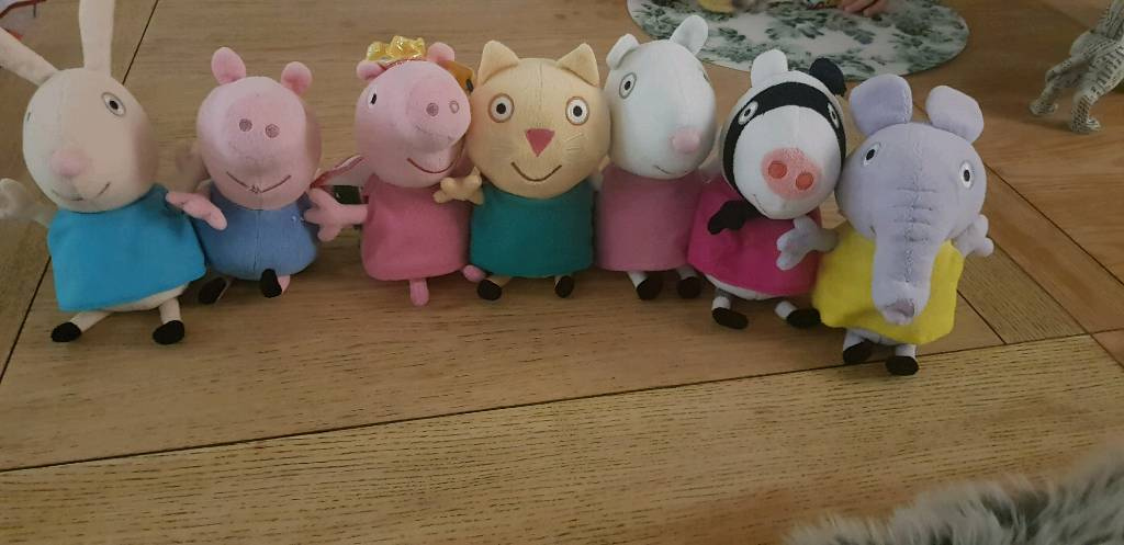 0d299418723 Peppa Pig and friends TY beanies