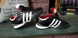 Adidas kids football trainers size 12k