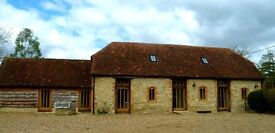 Delightful 2 bed converted stable located on small farm in pretty village of Towersey Oxfordshire.