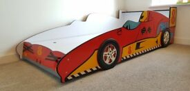 Fantastic race car bed (full single size)