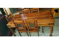 Lovely brown solid wood dining table and 6 chairs, Excellent condition