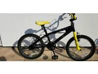 BMX BIKE 18in wheels.