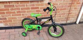 Small boys Apollo bike