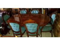 beautiful antique Italian dining table and 6 chairs ,Excellent condition