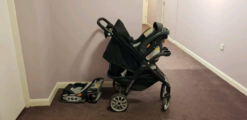 Chicco Car Seat And Stroller Travel Set For Sale