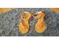 Kurt Geiger sandals .size 3