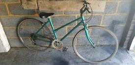 """Ladies Raleigh bike 18"""" frame"""
