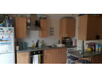 Studio Flat to Let opposite Castlepoint, Landlord Direct, No Deposit Req, Available 4th July