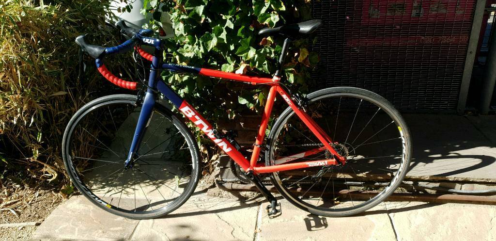 Btwin Triban 540 medium size (54) good condition perfect working order | in  Limehouse, London | Gumtree