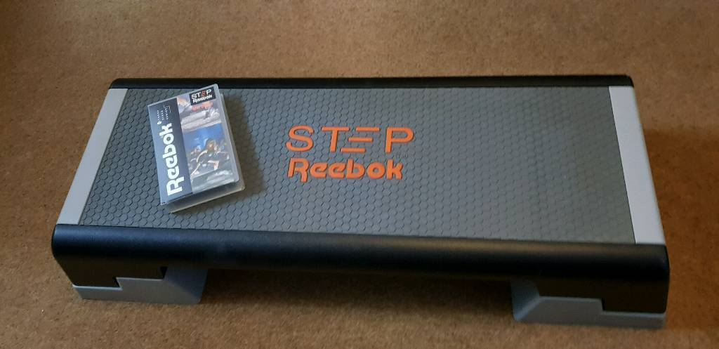 388982afdc1 Step Reebok Step and VHS Video
