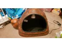 Daisy tortoise house / table / vivarium / enclosure
