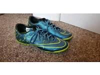 Nike mercurial vapor size 6