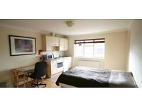 VERY LARGE STUDIO FLAT IN BAKER STREET *** CALL NOW FOR VIEWING !!