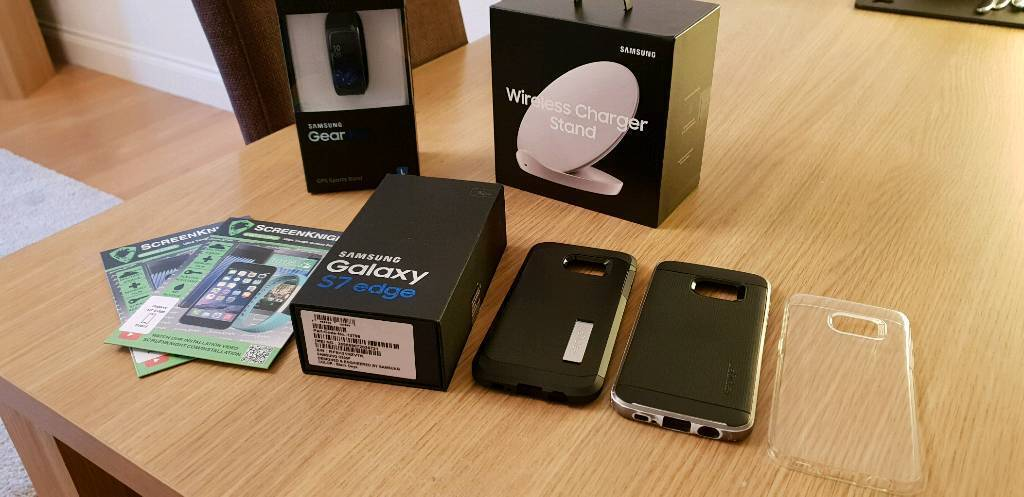 S7 edge+ gearfit2 + wireless charger + 3 cases +2 screenknight MEGA bundle