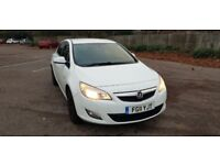 Vauxhall Astra White 1.7 CTDi 5dr Exclusiv £30 Road Tax