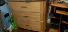Solid oak 3 drawer chest