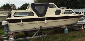 Norfolk Broads Motor Cruiser
