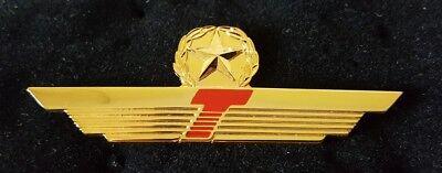 Vintage Donald J  Trump Airline Pilot Wing Pin W  Star Gold Tone Original Nos