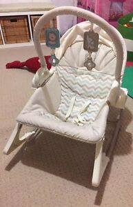 FIsher Price 3 in 1 swing and toddler seat Oakville / Halton Region Toronto (GTA) image 2