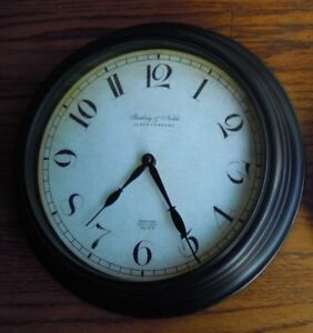 ANTIQUE VINTAGE RAILROAD STATION STYLE WALL CLOCK