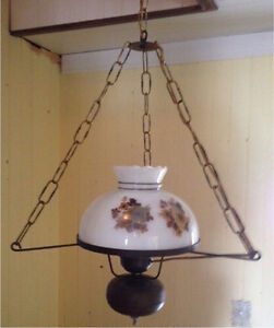 Ensemble de lustre et 2 lampe de table antique